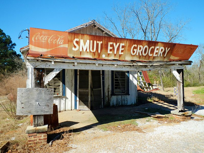 Smut Eye Alabama Grocery Photo by Rivers Langley