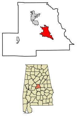Location of Clanton in Chilton County, Alabama. Coordinates: 32°50′23″N 86°37′41″W