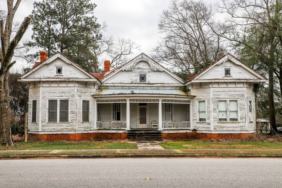 Old House in Wilcox County submitted by Mickey Mathews Photography